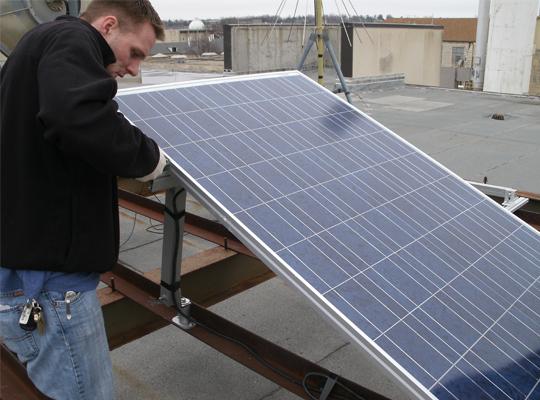 Kansas state university solar installation for Kansas solar installers